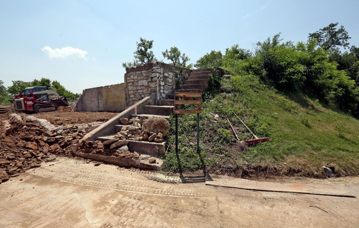 House on St. Louis' last Indian mound torn down