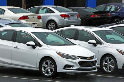 US auto sales fall for fifth straight month in May