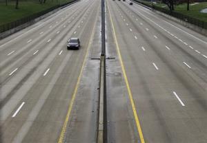 交通データに低下車ミズーリ州道路としてCOVID-19注意事項が有効
