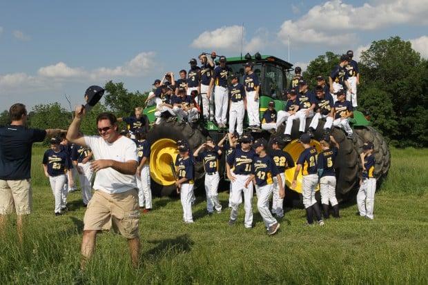 Matheny instills character into youth baseball