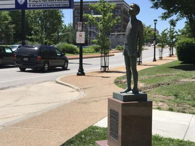 Christopher Harris statue