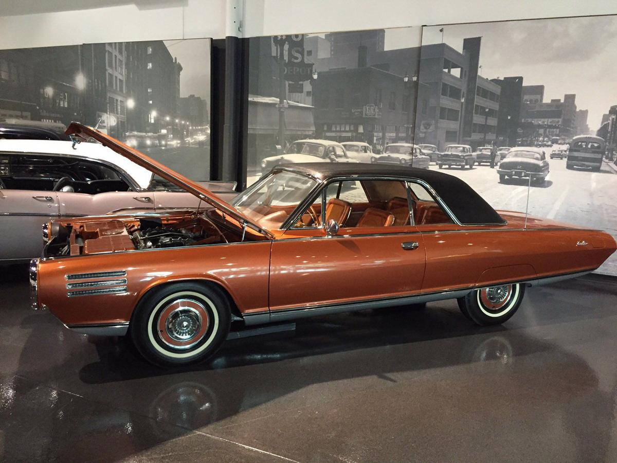 Missouri And Illinois Automobile Museums Roll Back Time