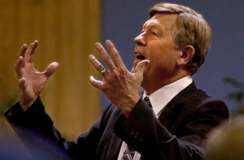 Larry Rice rallies before NLEC shut-down, city election