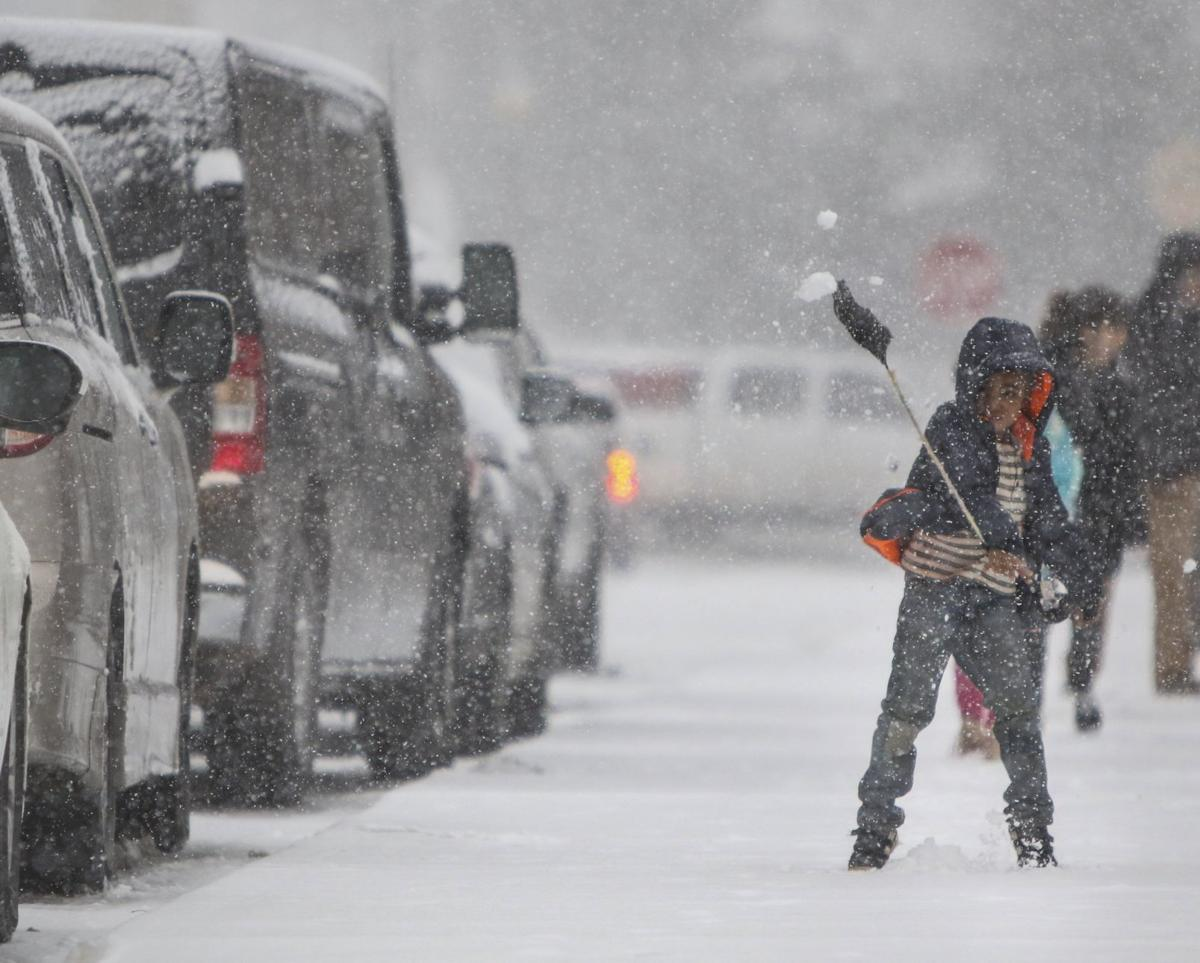 Is Missouri Expecting Heavy Snow At Christmas 2019 Massive winter storm dumps heavy snow, tying up traffic for hours