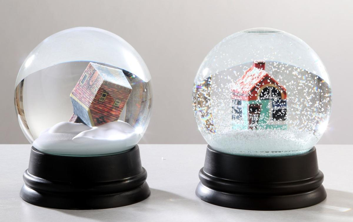 Made In St Louis Custom Snow Globes Use 3d Imaging To Put Your