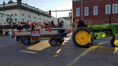 Photo 1: Courtesy of Downtown Country Christmas Festival/Melissa Meske