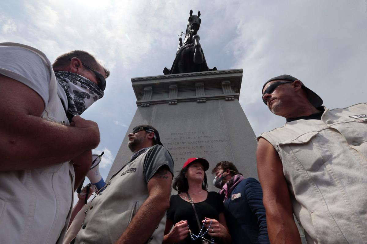 Protest over statue of St. Louis' namesake