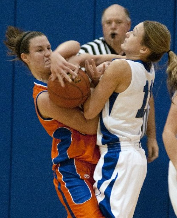Okawville comes up big in victory at Columbia : Stlhss
