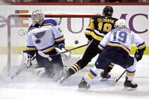 Blues fallen auf die Pinguine mit 3: 0 zu Ende, vier-Spiele-Siegesserie