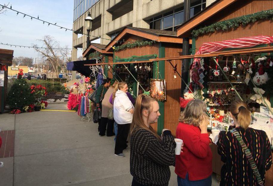 Belleville Il Christmas Market 2020 The List: Bustling downtown Belleville embraces the holiday spirit