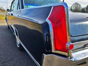 '63 Oldsmobile 98 had great taillights!.