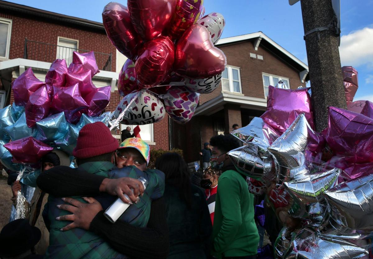 Memorial held for mother, two daughters killed in Dutchtown