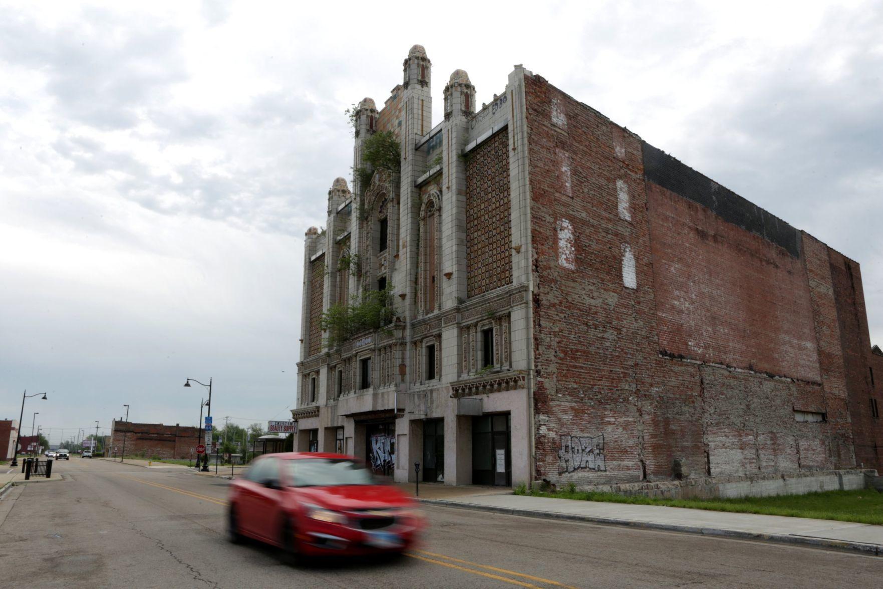 Swastikas hidden in the facades of buildings
