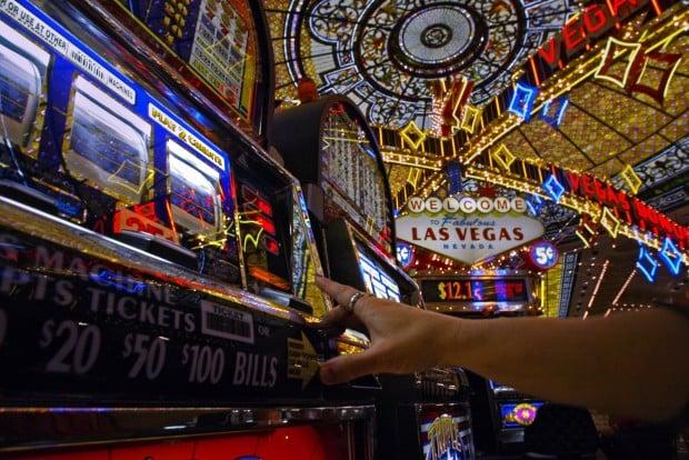 Gambling casinos missouri spirit mountain casino boxing