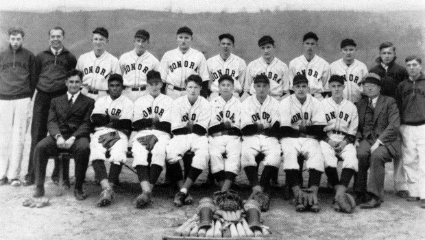 Stan Musial and the Donora HIgh School baseball team