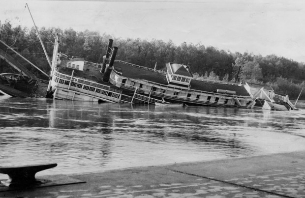 A Look Back Golden Eagle Steamboat Sinks In 1947 News