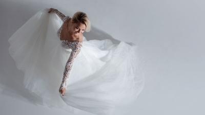 Wedding gown - spinning bride