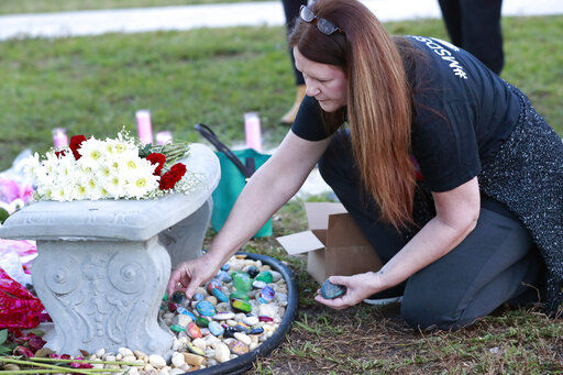 Parkland shooting victims are remembered in silence