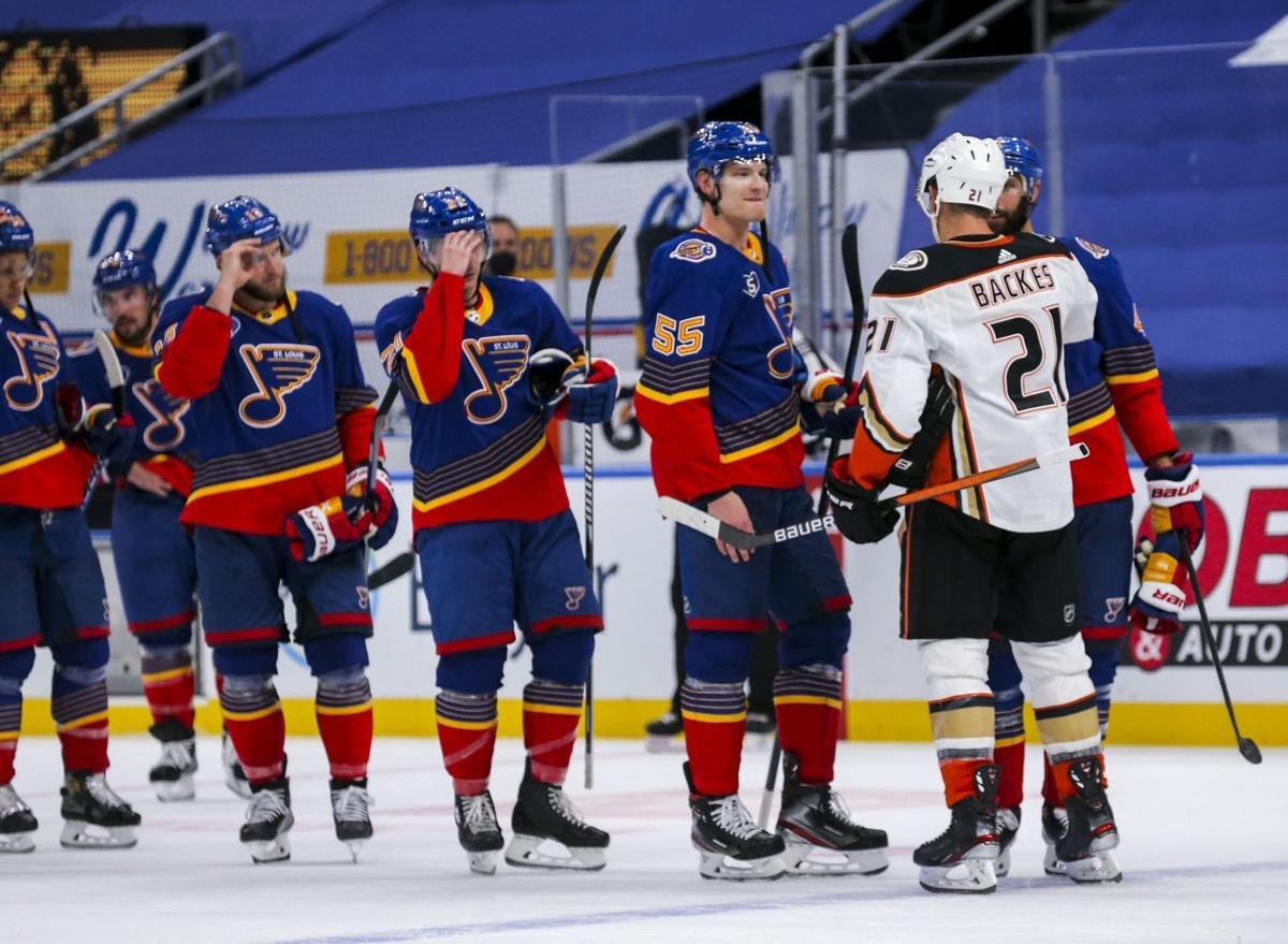 Blues don't clinch; fall in shootout