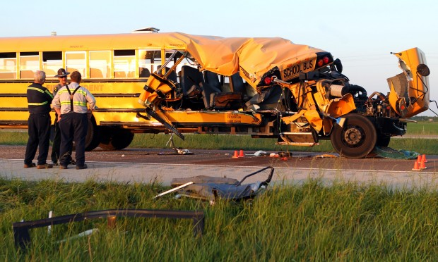 Students injured in school bus crash near Litchfield, Ill.