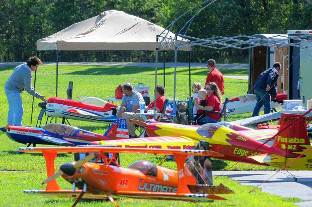 Model airplanes at Buder Park