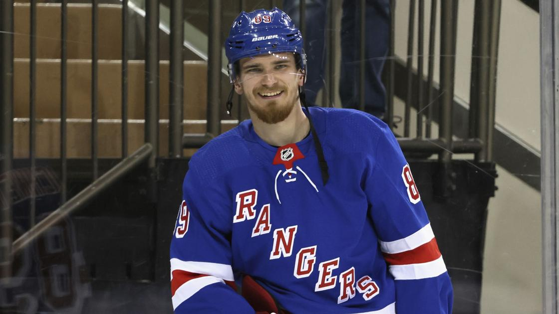 Newly signed Buchnevich is latest addition to a Blues roster in major flux