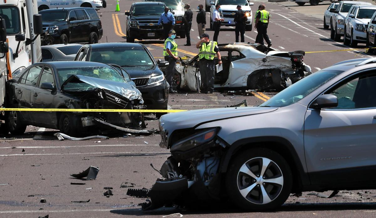 Large accident on North Broadway shuts road