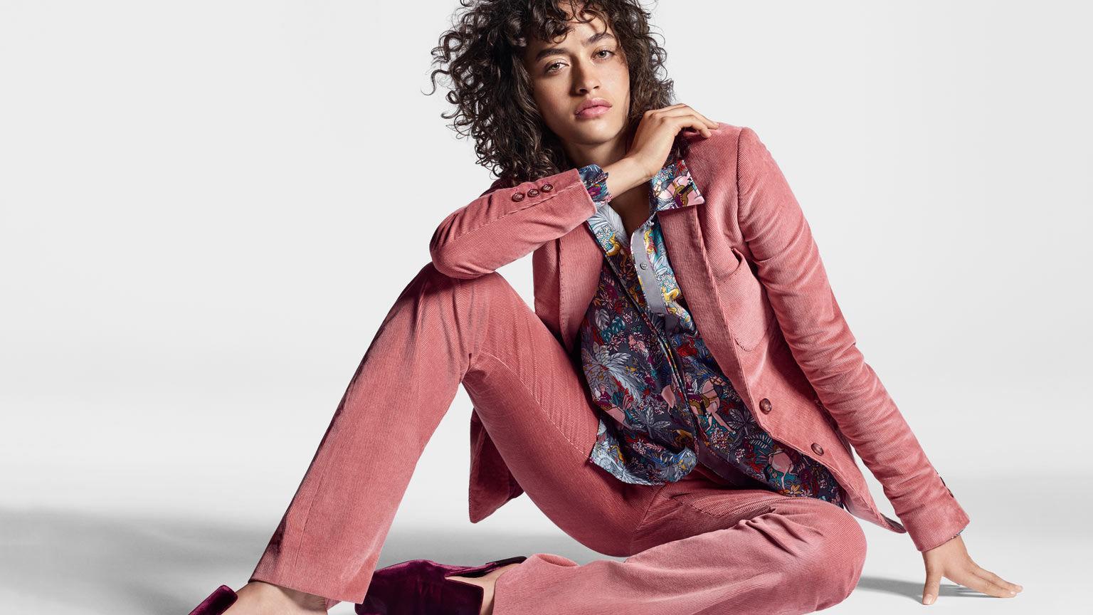 Midwests Latest Victorias Secret Model Will Rock Curls In Paris Debs Retail Details Stltoday Com