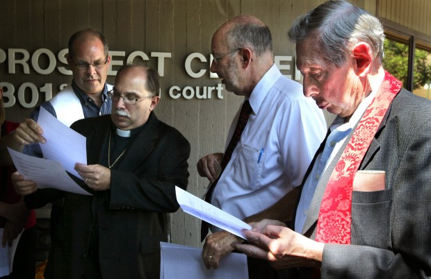 Clergy deliver statement to Akin's Ballwin office