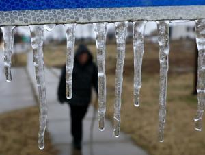 雨が落ち着く上セントルイスが市内のエスケープ最悪の冬ミックス