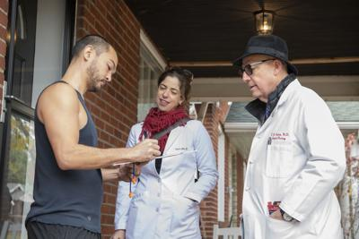 Doctors collect signatures to put Medicaid expansion on the ballot