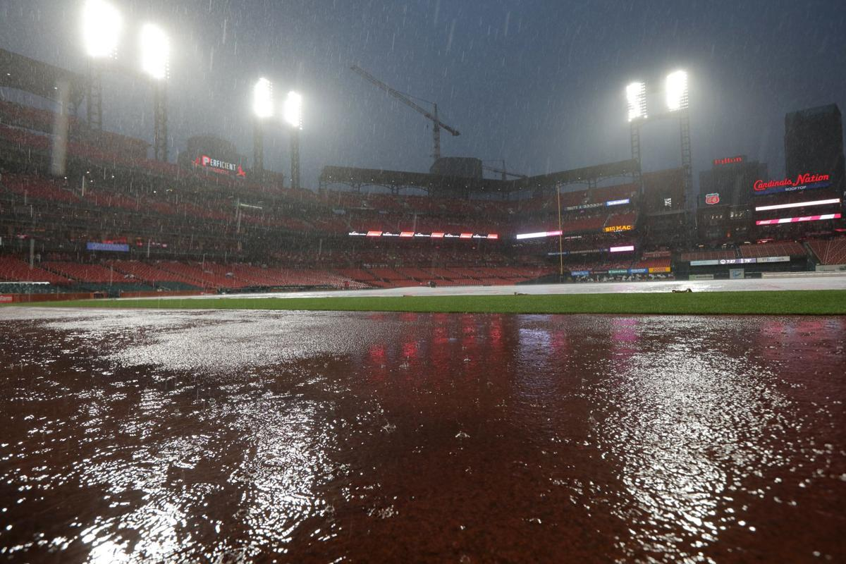 Cardinals-Reds postponed; game will be made up Aug. 31