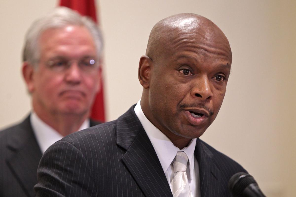 Gov. Jay Nixon names Dan Isom for director of public safety