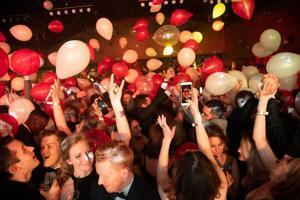 Malam Tahun baru kalender gelembung di atas dengan St. Louis konser dan pesta