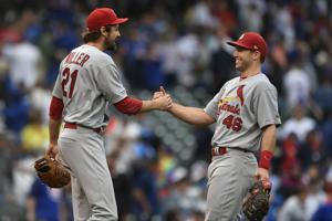 Kopling Yg: Kardinal haus untuk lebih setelah last at-bat rally upends Anaknya, mengamankan playoff tempat tidur