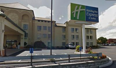 Holiday Inn Express in Fenton