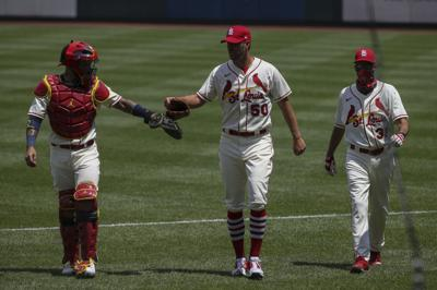 Cardinals beat Pirates 9-1 in second game of opening weekend