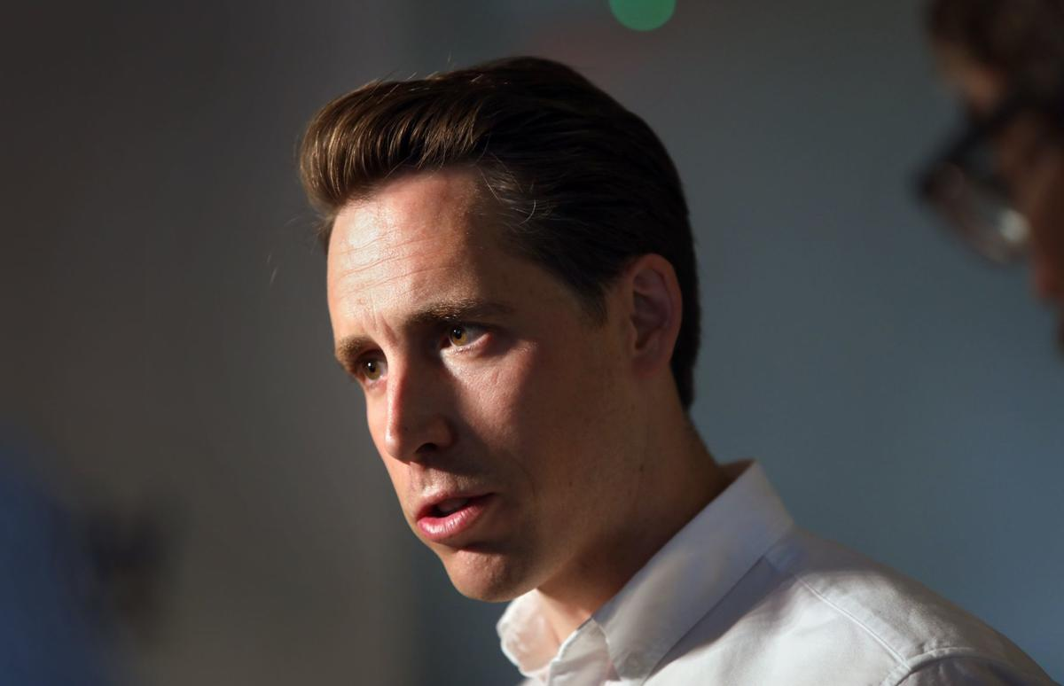 Hawley campaigns at St. Charles airplane parts manufacturer