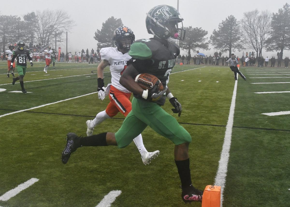 St. Mary's vs Platte County in Class 4 Missouri state semifinal football game