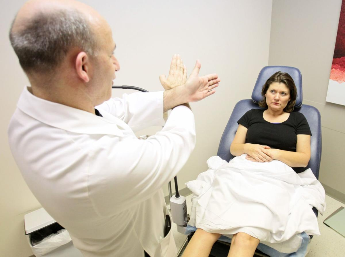 Women come from across world to have St  Louis doctor remove