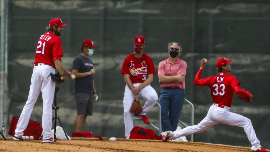 Cardinals' reliever Andrew Miller had to overcome COVID before coming to camp