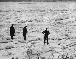 Blick zurück • Der Tag, an St. Louisans ging über den gefrorenen Mississippi River