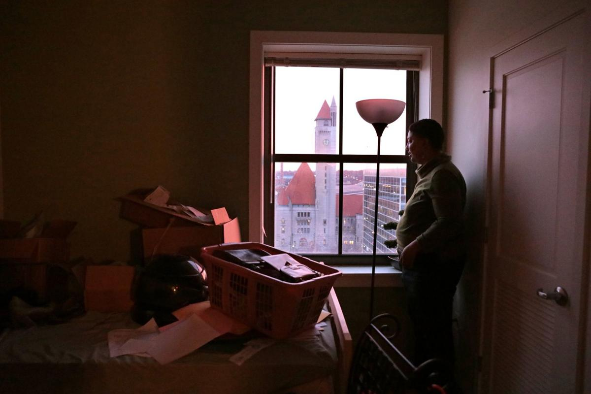 St  Louis housing program helps Section 8 tenants move into