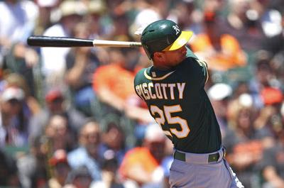 Piscotty homers to keep A's rolling in 6-2 in over Giants