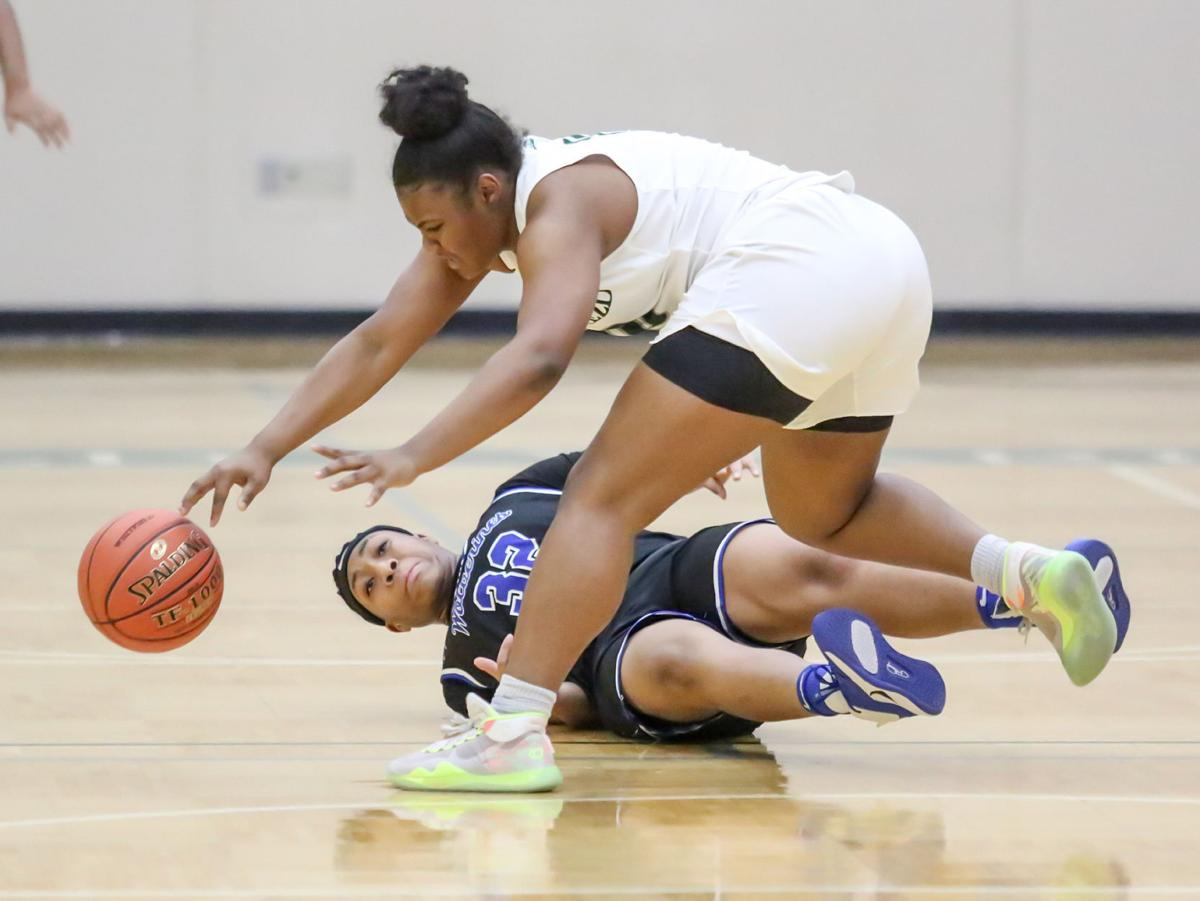 Whitfield vs. Vashon girls basketball