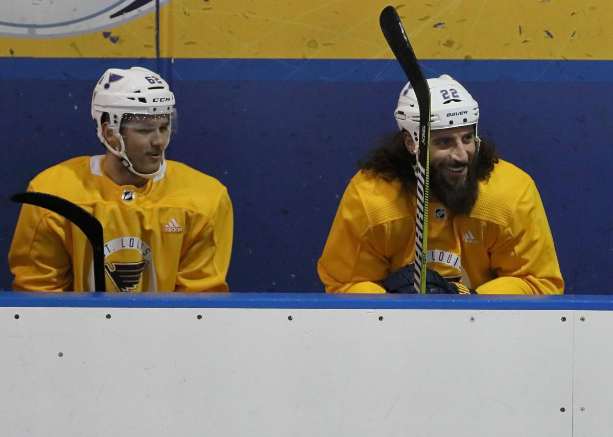 Blues practice before playoffs