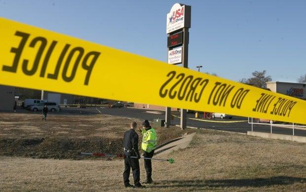 Deputy hurt, gunman killed after exchanging shots in Farmington