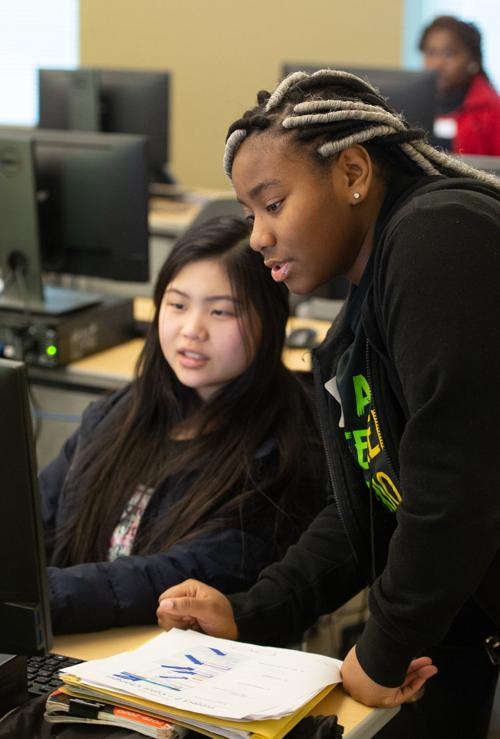 SIUE SheCode engages young women in computer science