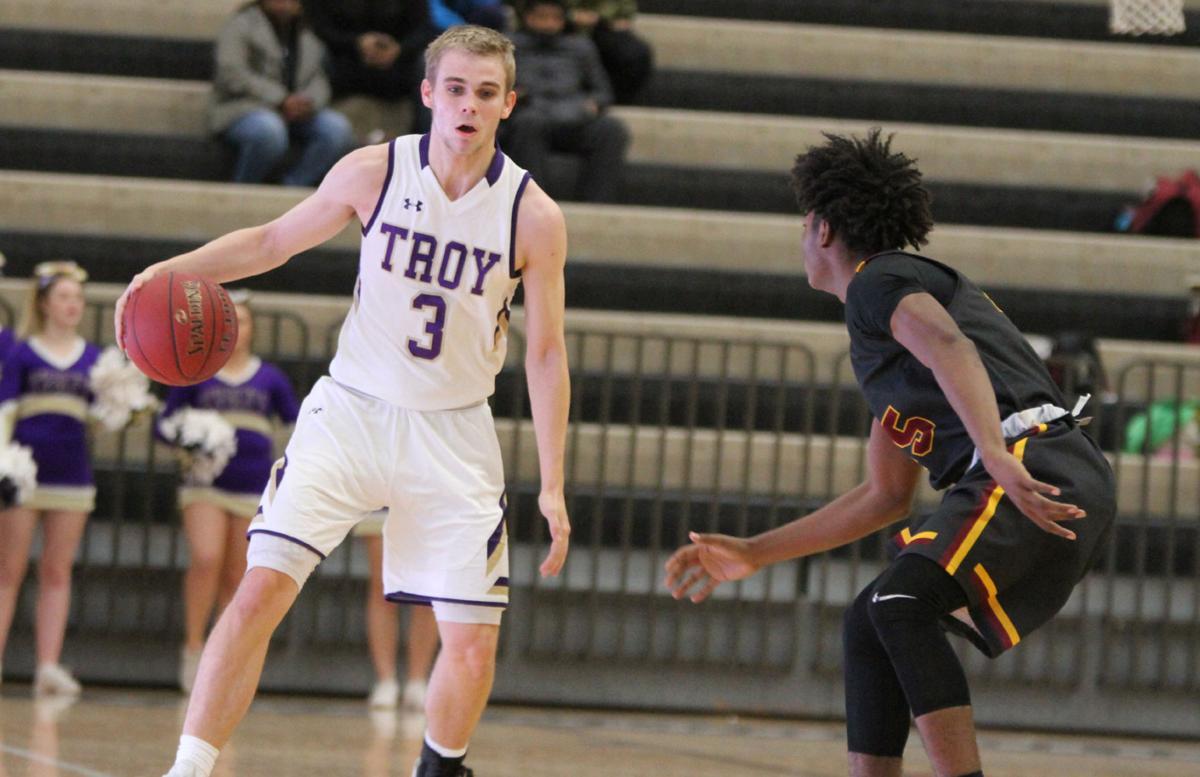 GAC/Suburban Challenge: Hazelwood East 62, Troy 47 | Boys Basketball