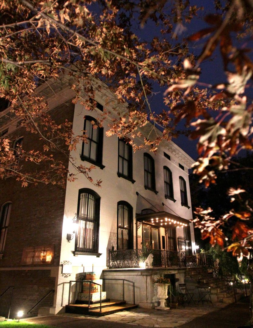 Ghost hunting? Here\'s where you may find some spirits of St. Louis ...